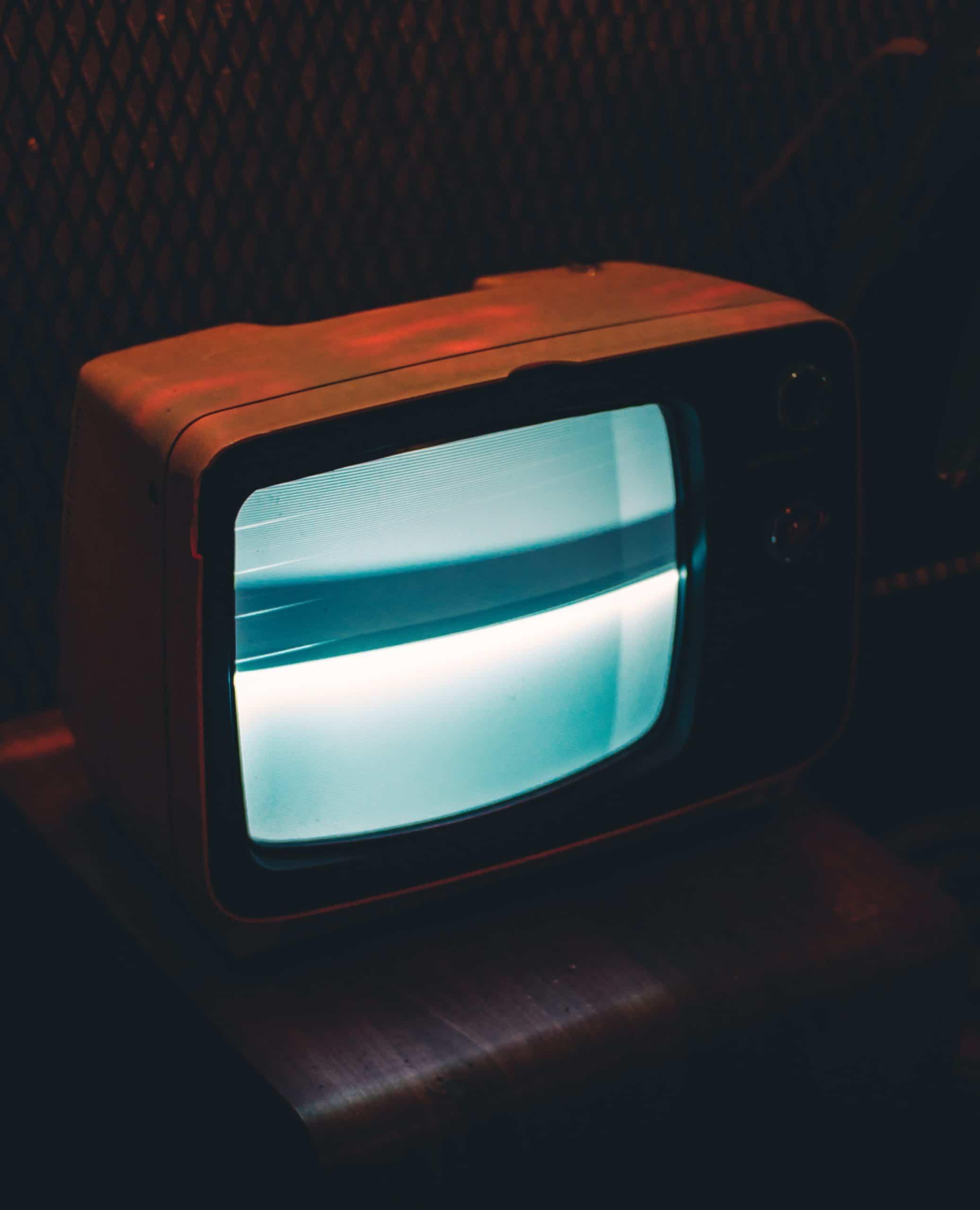 black-crt-tv-showing-gray-screen-704555